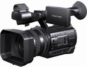 Sony PROFESSIONAL HANDHELD HXR-NX100 FULL HD Camcorder ...