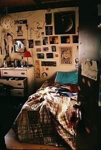 grunge room on Tumblr