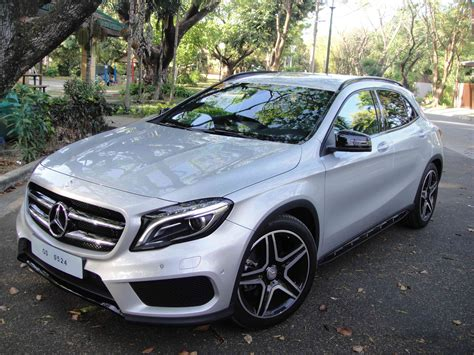 Hi benz world, i thought i would share these photos i have quickly taken of my new mercedes c220 cdi sport 2009 model. Mercedes Benz GLA 220 CDI 4Matic AMG: giving competitors a run for their money   Motioncars