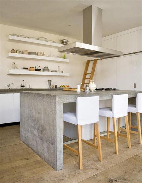 banc de cuisine design plan de travail béton ciré pour l 39 îlot de la cuisine design