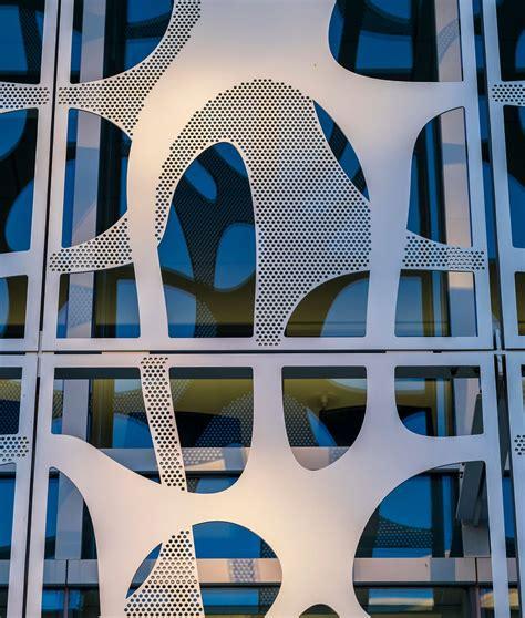 biomorphic sunscreen metal architecture