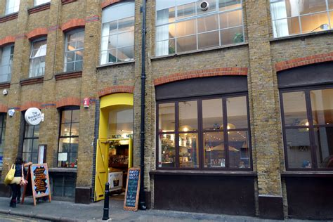 white bar breakfast hoxton n1 former bar now a branch of