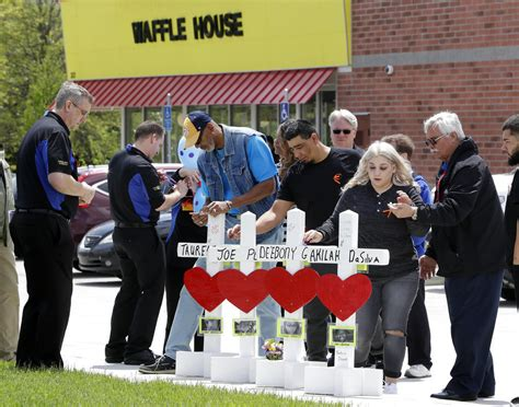 Chicago Waffle House by 3 Days After Fatal Shootings Tennessee Waffle House