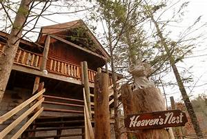 Heaven39s nest sky harbour 950 secluded pigeon forge for Honeymoon cabins in pigeon forge