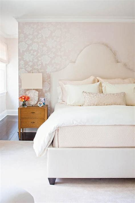 Pale Pink Bedroom by White Bedroom With Schumacher Manor Gate Silver Wallpaper