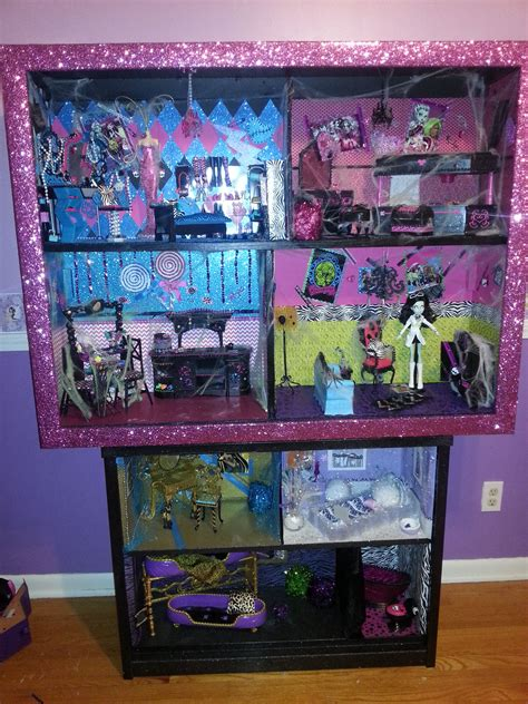 monster high doll house     big screen tv