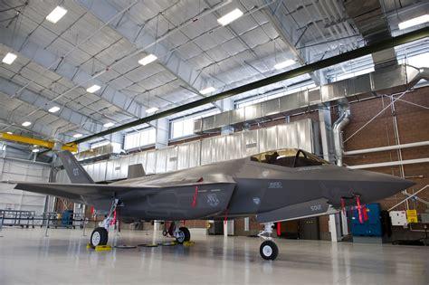 aircraft maintenance hangar new lightning amu officially opens gt nellis air base
