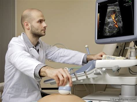 Salary Of A Sonographer by Salaries For Ultrasound Technicians With Associate Degrees
