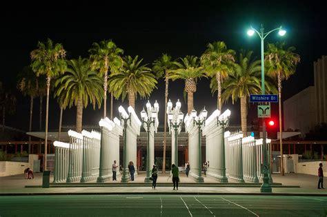 California Iconic Lamp Posts Photos • Couple Photos At Los