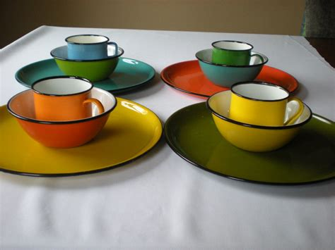 colorful dishes reduced price enamelware 12 pc set multi color dinnerware