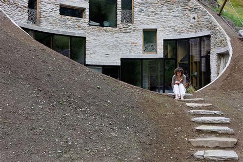 spectacular house plans for hillsides 10 spectacular underground homes around the world