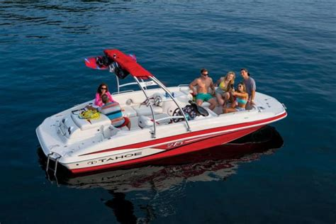 Best Ski Boat Brands by Tahoe Ski Boats Pictures To Pin On Pinsdaddy