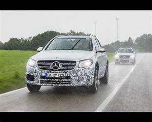 Mercedes Benz Glc Versions : mercedes benz glc f cell hydrogen fuel cell and plug in electric preproduction version 2017 ~ Maxctalentgroup.com Avis de Voitures