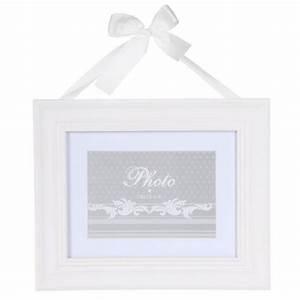 Cadre Blanc Photo : cadre photo ruban rectangulaire 29x24cm blanc ~ Teatrodelosmanantiales.com Idées de Décoration