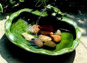 Smart Solar Ceramic Frog Solar Fountain