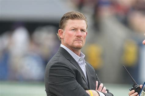 la rams sign  players  futures contracts turf show times