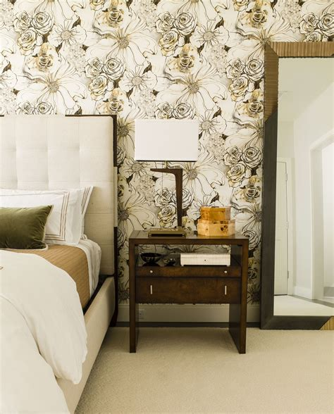 bedrooms  statement wallpaper wallpaper design