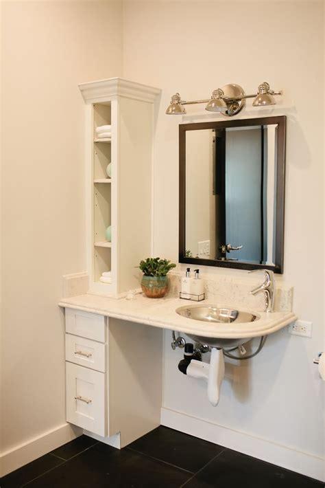 Handicap Mirrors For Bathrooms by Best 25 Handicap Bathroom Ideas On Ada