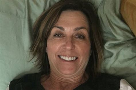 Mom Snaps Selfie In Wrong Dorm Bed As Surprise College