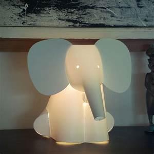 Lampe Veilleuse Enfant : lampe pour enfant animaux lampe chat pingouin ou l phant ~ Teatrodelosmanantiales.com Idées de Décoration