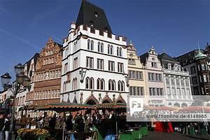 Haus Und Grund Rlp : hauptmarkt mit staupe und rotem haus trier rheinland pfalz deutschland lizenzpflichtiges ~ Yasmunasinghe.com Haus und Dekorationen