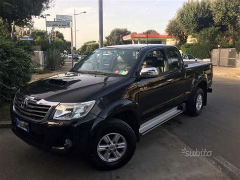sold toyota hilux extra cab  td  cars  sale