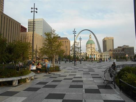 kiener plaza city  st louis parks