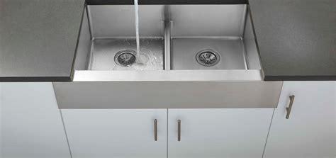 kitchen sinks pictures elkay crosstown sinks 3041