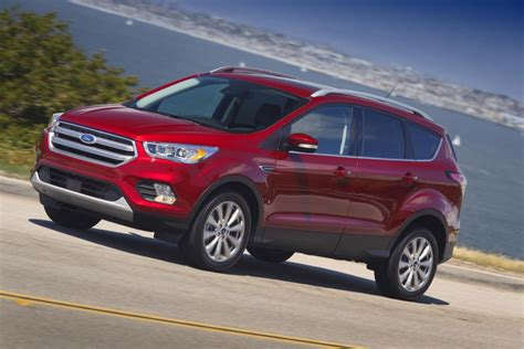 ford crossover escape 2017 ford escape crossover adds fordpass with sync connect