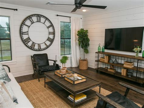 Mount tv on wall ideas mounted flat screen decorating tv. 10 Tips For Decorating The Area Around Your TV
