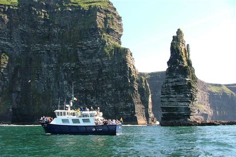 Aran Islands Cliffs Moher Day Tour Cruise From Galway