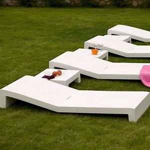 Bain De Soleil Design : jut tumbona bain de soleil vondom rouge chaise longue ~ Teatrodelosmanantiales.com Idées de Décoration
