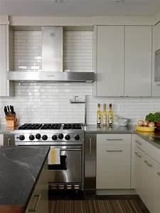 Cameron macneil modern off white kitchen design with soft for Kitchen cabinet trends 2018 combined with papiers de verre