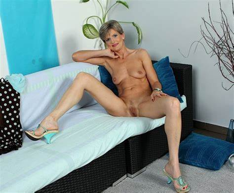 Short Hair Shaved Cunted Granny Ass