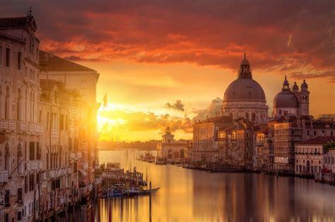 Sunset In Venice Pics