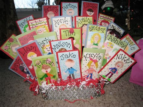 fun gifts for students during student teaching awesome gift idea my daughters class did this a class basket of gift cards each one