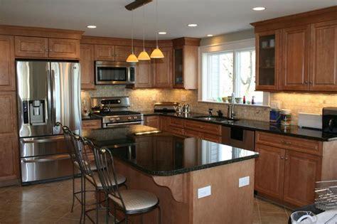 maple kitchen islands traditional maple kitchen with island kitchen pinterest