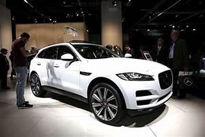 Nouveau 4x4 Jaguar : francfort 2015 fiches techniques du nouveau suv jaguar f pace 2016 l 39 argus ~ Gottalentnigeria.com Avis de Voitures