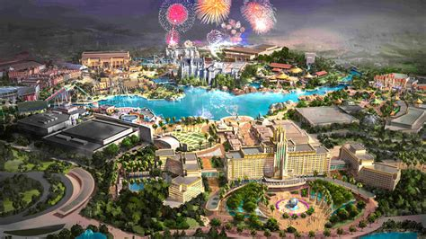 universal theme park  resort planned  beijing