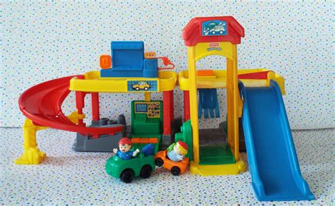 *516*sold Fisher Price Little People Ramps Around Garage