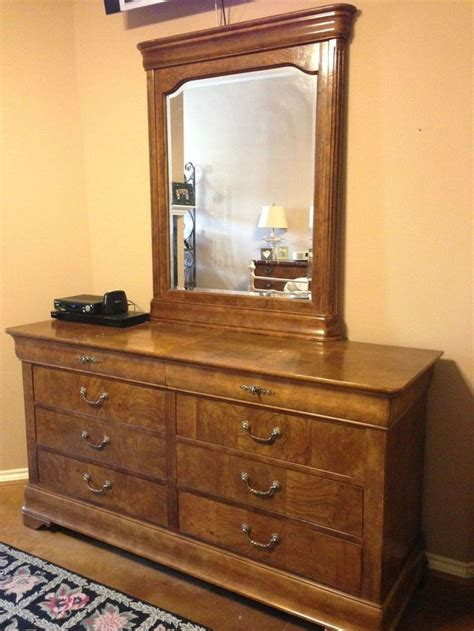 pc national mt airy fruitwood bedroom set