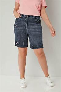 Dunkelblaue Kurze Jeans Hose mit Schmetterlings Verzierung ...