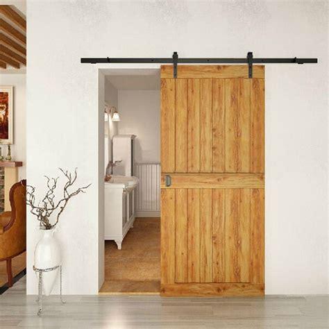 porte des chambres en bois porte coulissante grange 35 idées pour la chambre rustique