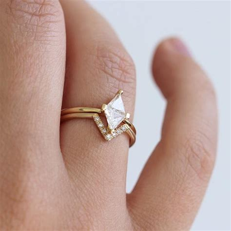 diamond rhombus ring set geometrical wedding ring artemer