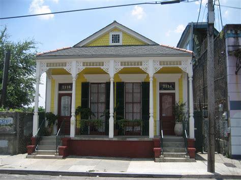 orleans shotgun house shotgun house yellow houses  house