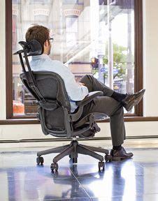 atlas headrest for the herman miller aeron chair
