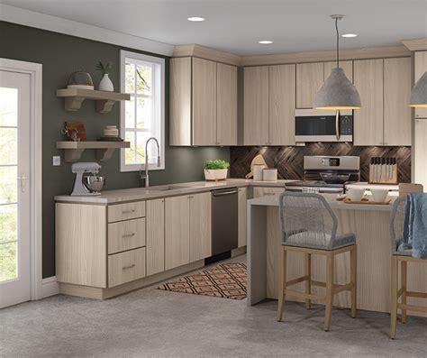 textured laminate kitchen cabinets hickory kitchen cabinets homecrest cabinetry 6036