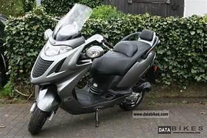 Kymco Grand Dink : 2004 kymco grand dink 150 moto zombdrive com ~ Medecine-chirurgie-esthetiques.com Avis de Voitures