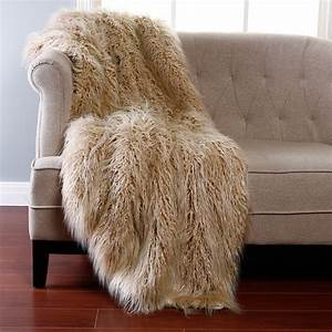 Bed Bath Fabulous Arctic Fox Faux Fur Throw Blanket With