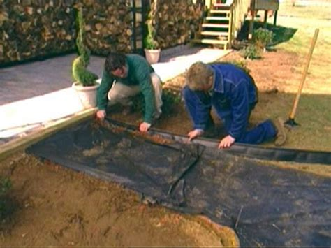 how to lay gravel how to lay a brick pathway how tos diy